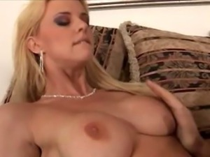 slut licking pussy hardcore gif goth