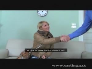Casting Cute blonde amateur free