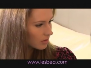 Lesbea Young babe with very hai ... free