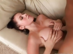 Gianna Michaels Gets Her Face Plastered With