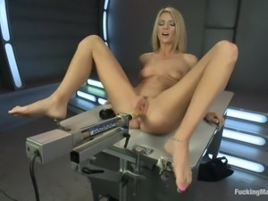 a blonde that loves her machine