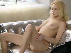 Pink orgasm of true blondie princess