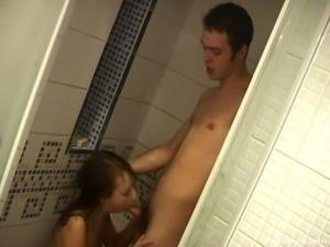 Russian amateur couple shower fuck