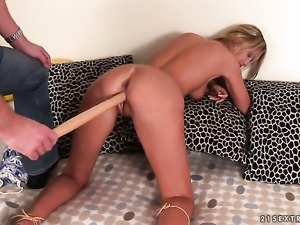 Blonde Avril just loves to fuck and cant say No to hard dicked dude