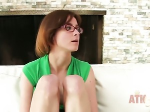 Brunette exotic Jay Taylor with small breasts is a blowjob addict who loves...