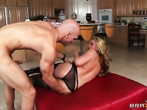 Sarah Vandella asks Johnny Sins to stick his thick pole in her mouth
