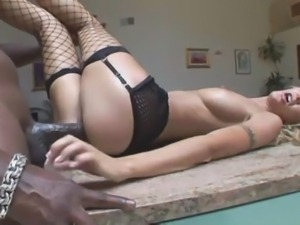 Amateur interracial scene with hot woman