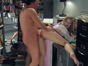 Young bootyliciuos blonde Alexis Texas with natural boobs and provocative...