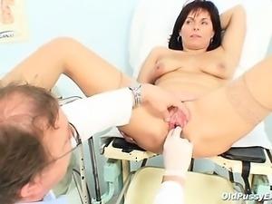 Damien gyno exam by gynecologist 7