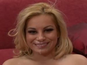 Facial cumshot in beautiful oral sex scene
