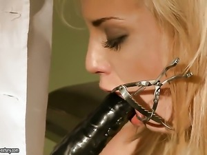Blonde Laraan is hungry for sex and gets used by horny dude