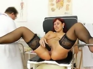 Red head granny darja pussy gets gaped