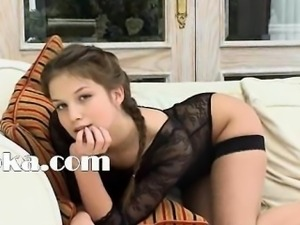Petite 18yo girl strip herself on bed
