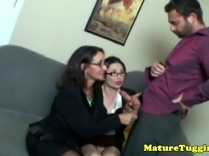 A trio of cougar tugjob lovers are jerking lucky dudes dong