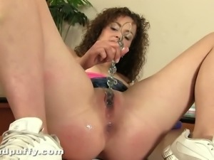 Juicy Richie tight pussy dripping wet with dildo