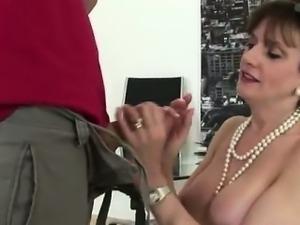 Lingerie clad Lady Sonia sucks