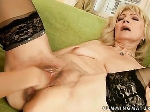 Sandora gets her wet spot tongue fucked to orgasm by Szuzanne in lesbian action