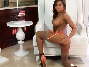 Madison Ivy with juicy jugs and shaved bush gets the pleasure from pussy...