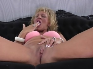 horny blonde mature woman masturbating