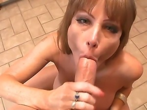 Super sexy Darla Crane has very big tits and she makes unforgettable titjob....
