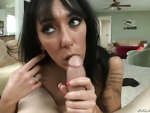 Alia Janine offers her love hole to hot guy