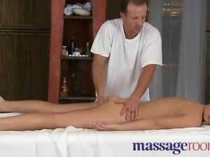 Massage Rooms - Innocent young clits