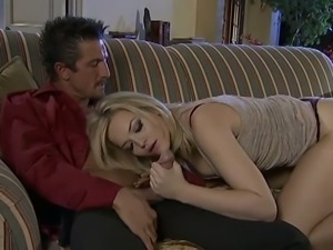 Big ass babe Alexis Texas gives hot blowjob scene.