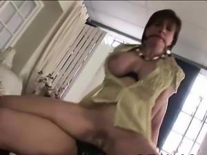 Lady Sonia gets ass cumshot