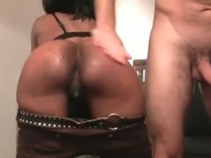 African Amateur with World's Perfect Ass