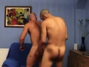 Gay muscle hunk pounding tight ass