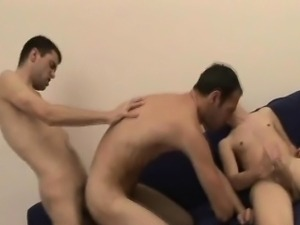 Sperm Felching Threesome Bareback