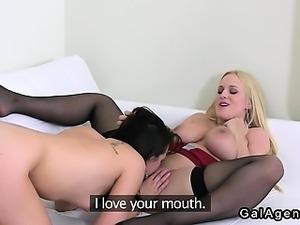 Amateur waitress licks busty female agent on casting