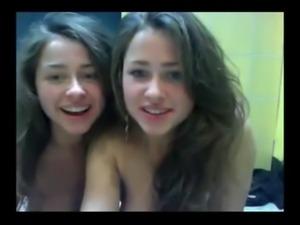 brunette-twins 02 free