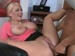 Secretary Sophie Dee took a break to fuck her boss