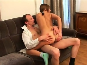 Darling opens her cum-hole for teacher\'s hard drilling