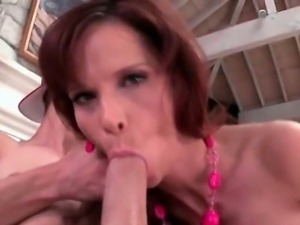 Mature big ass slut takes dick in all holes