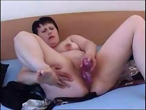 zhena-lyubit-masturbirovat-na-rabote