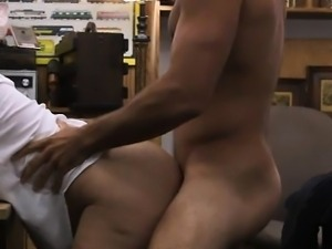 Desperate housewife gets her pussy nailed at the pawnshop