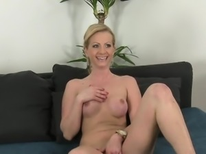 Fake agent pounds sexy busty blonde amateur