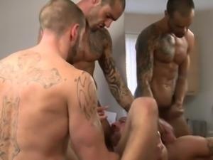 Englishman muscle balls deep in trio