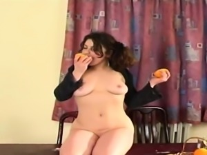 Dutch Slut Kathy in perverse solo