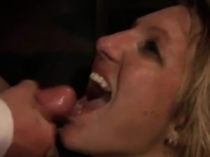 Newbie housewife facialized at cfnm party