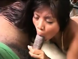 Hooker From Thailand Gives A Blowjob