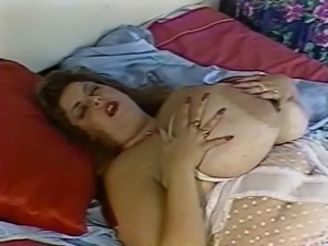 Susie Sparks - white nightgown 2
