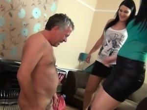Busty girl inculata amatoriale