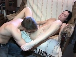 Constricted pussy enjoys sexy fuck
