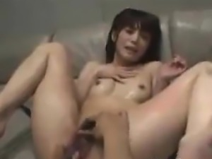 Wet Japanese Girl Has Great Orgasms