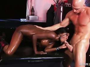 Cocoa Diamond Jackson drops on her knees to give deep blowjob to Johnny Sins...