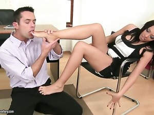 Brunette Rio Lee with big melons cant resist the desire to take stiff snake...