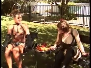 Brunette in sexy leather gets pussy licked by girl